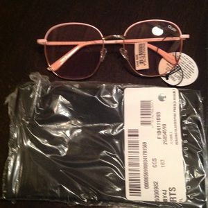NEW! Quay Jezabelle pink blue light glasses